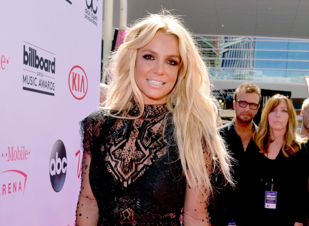 Britney Spears' court-appointed lawyer offers to resign