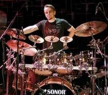 Gavin Harrison : Modern Drummer