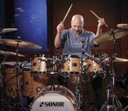 Steve Smith : Modern Drummer