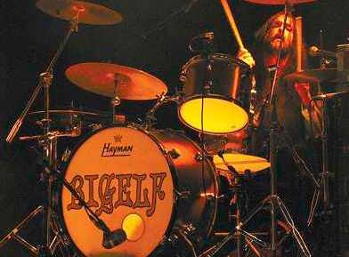 """Steve """"Froth"""" Frothingham : Modern Drummer"""