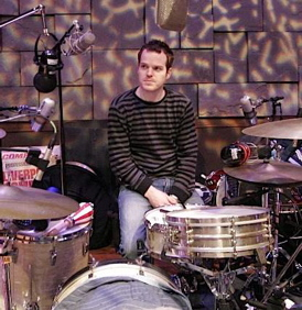 Aaron Sterling of William Fitzsimmons : Modern Drummer