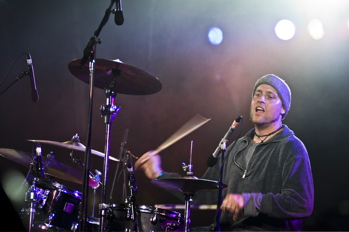 Dave Watts of the Kyle Hollingsworth Band : Modern Drummer
