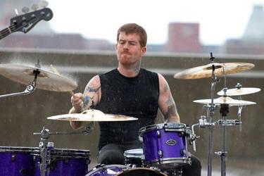 Gary Foster of The Sunstreak : Modern Drummer