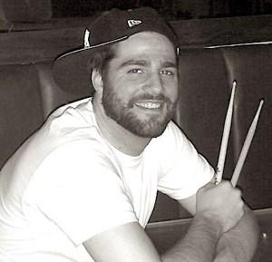 Andrew McAuley : Modern Drummer