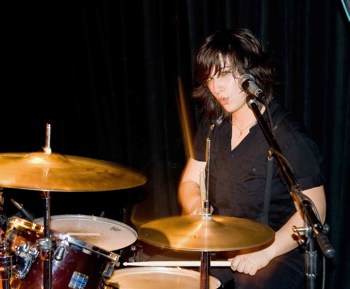 Laura Petracca of Hunter Valentine : Modern Drummer