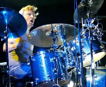 Keech Rainwater of Lonestar : Modern Drummer