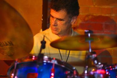 David Garibaldi : Perpetually Hip With Tower Of Power : Modern Drummer