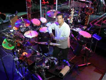Richard Bravo for Modern Drummer Drummer Blogs