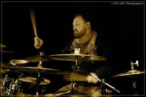 Claus Hessler : Modern Drummer