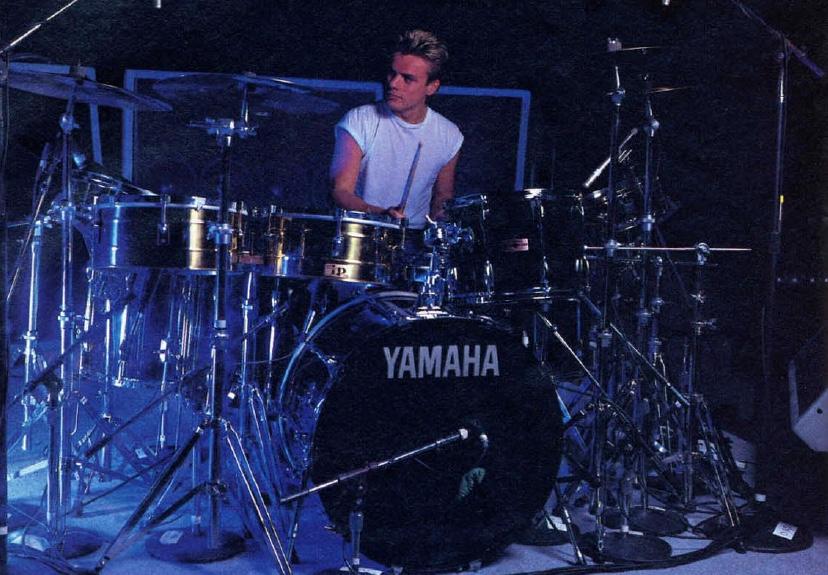 U2's Larry Mullen, Jr  - Modern Drummer Magazine
