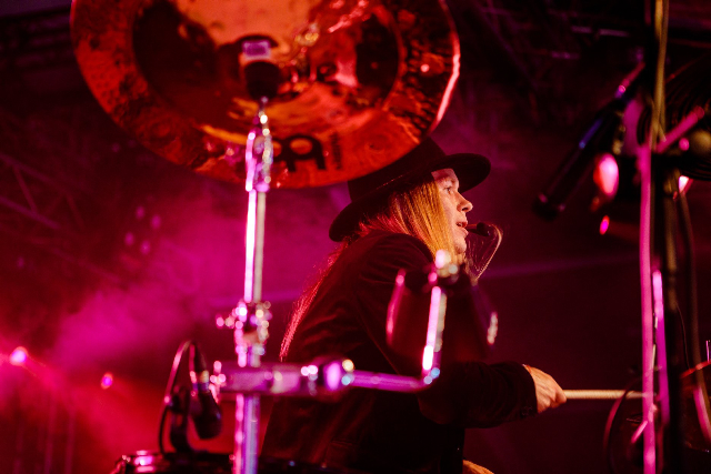 Toxy Cruz of Santa Cruz   Modern Drummer Magazine