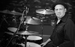 Heart's Ben Smith to Give Free Online Drum Lesson at Drumeo.com