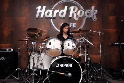 Drummer Diego Fuchslocher Espinoza