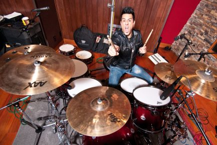 "Drummer Blog: Jason Aldean's Rich Redmond Gears up for ""Drummer's Weekend"""