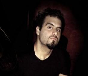 Santiago Cabakian of AplanadorA