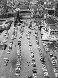 Frankfurt am Main, Dom-Römerberg-Bereich, Blick vom Dom (Bild: © Institut für Stadtgeschichte, 1961)