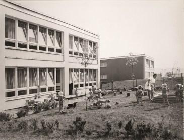 Kombinierte Kindereinrichtung in der Kastanienstraße 2 von Gera-Lusan (Foto: Winfried Mann, Quelle: Stadtmuseum Gera)