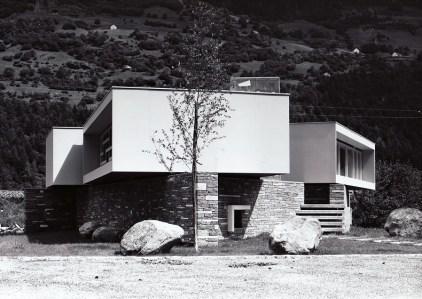 Studio Tecnico F.lli Guscetti in Ambri, 1958 (Foto: Willi Borelli, Airolo)