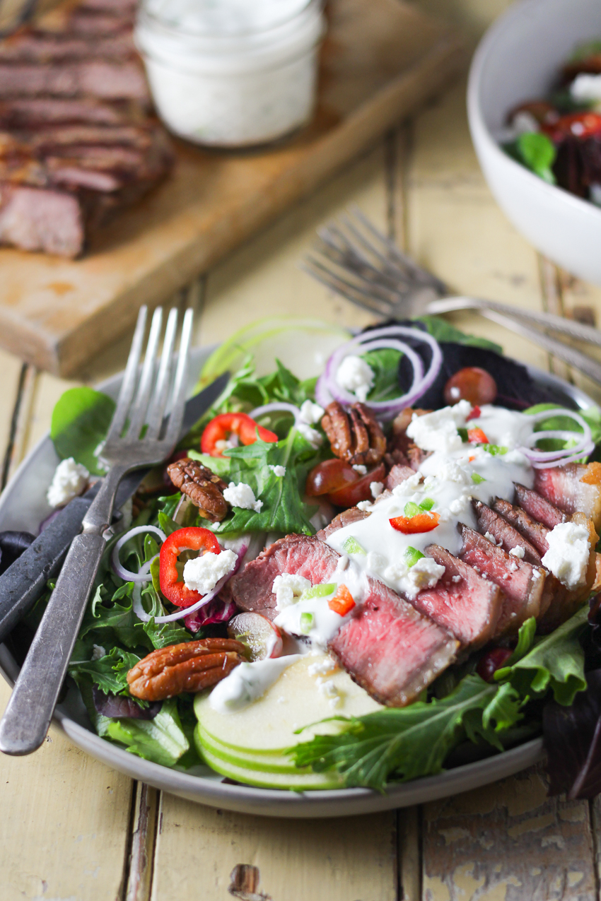 steak salad with spicy goat cheese dressing