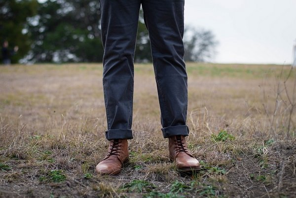 These 10 Alternatives to Brooks Brothers Have Amazing Chinos for Under 100 Dollars