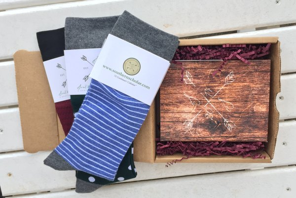 "Reviewing Southern Scholar's Superior Socks for ""Guys Who Give a Damn"""