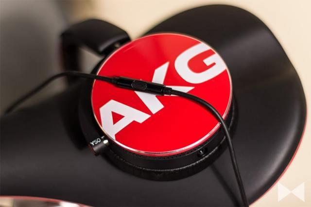 AKG-Y50 mit abnehmbarem Kabel