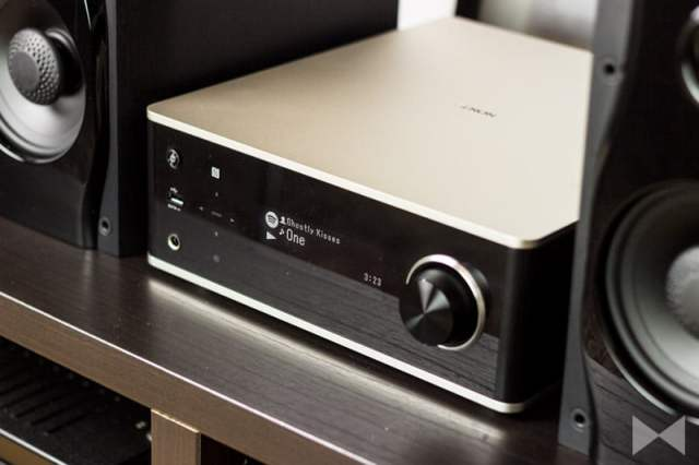 Denon-DRA-100 Streaming-Verstärker mit Spotify Connect