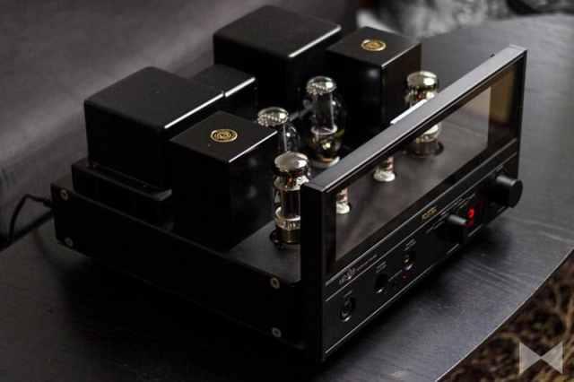 Fostex-HP-V8 Kopfhörer-Verstärker