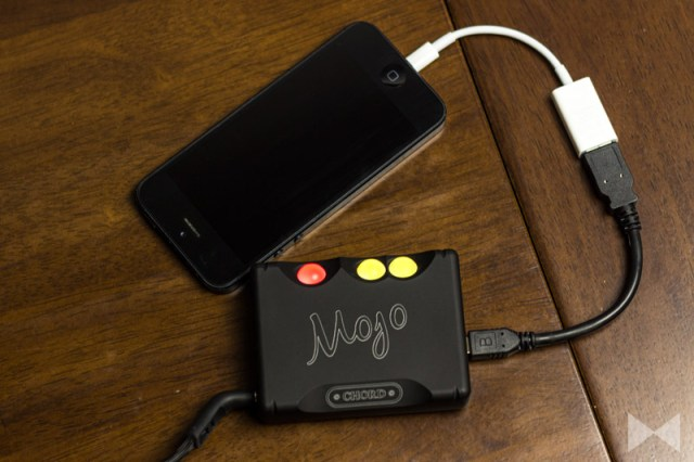 Chord-Mojo-Test am iPhone mit Camera Connection Kit Adapter