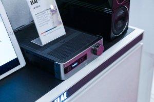 Elac EA101EQ-G Stereo-Verstärker mit Raumeinmessung und Subwoofer-Equalizer