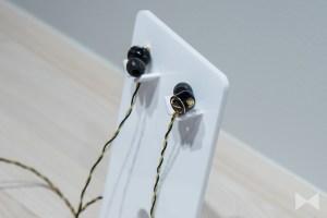 Onkyo E900MB: In-Ear-Hybrid mit 3-Wege-Aufbau