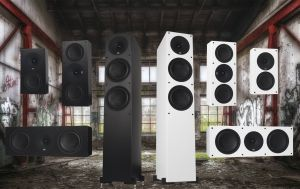 XTZ Spirit Serie mit Standlautsprecher, Regallautsprecher, Center-Speaker und Subwoofer
