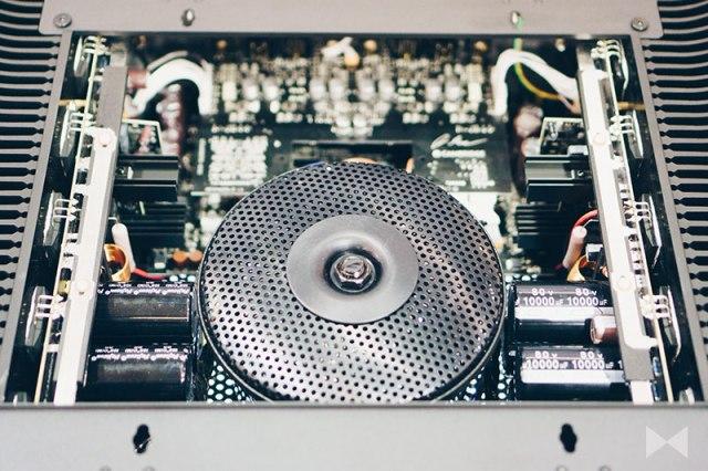 Cambridge Audio Edge W Ringkerntrafo