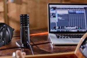 Beyerdynamic Fox-Mikrofon mit Beyerdynamic-Kopfhörer im Bundle