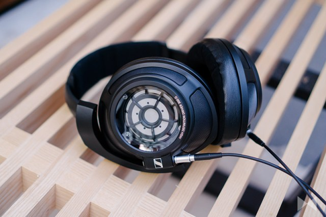 Sennheiser HD 820 Review