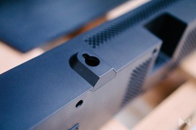 Yamaha MusicCast Bar 400 Wandhalterung an der Soundbar