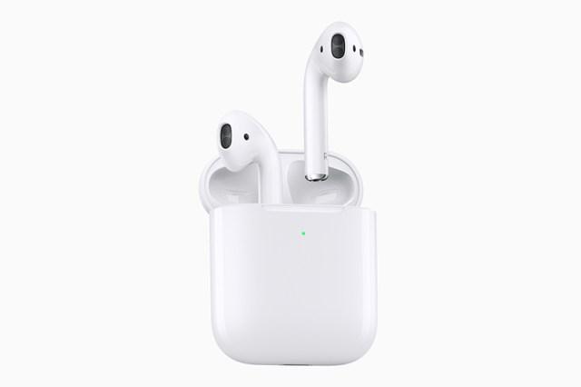 Apple AirPods 2 mit kabellosem Ladecase Qi