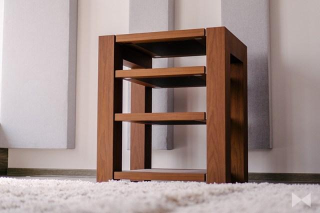 Roterring Amitara 14 HiFi-Möbel