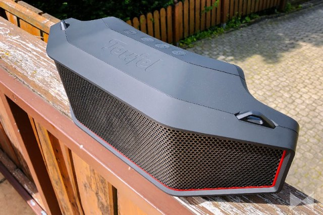 Teufel Rockster Cross Design Speaker