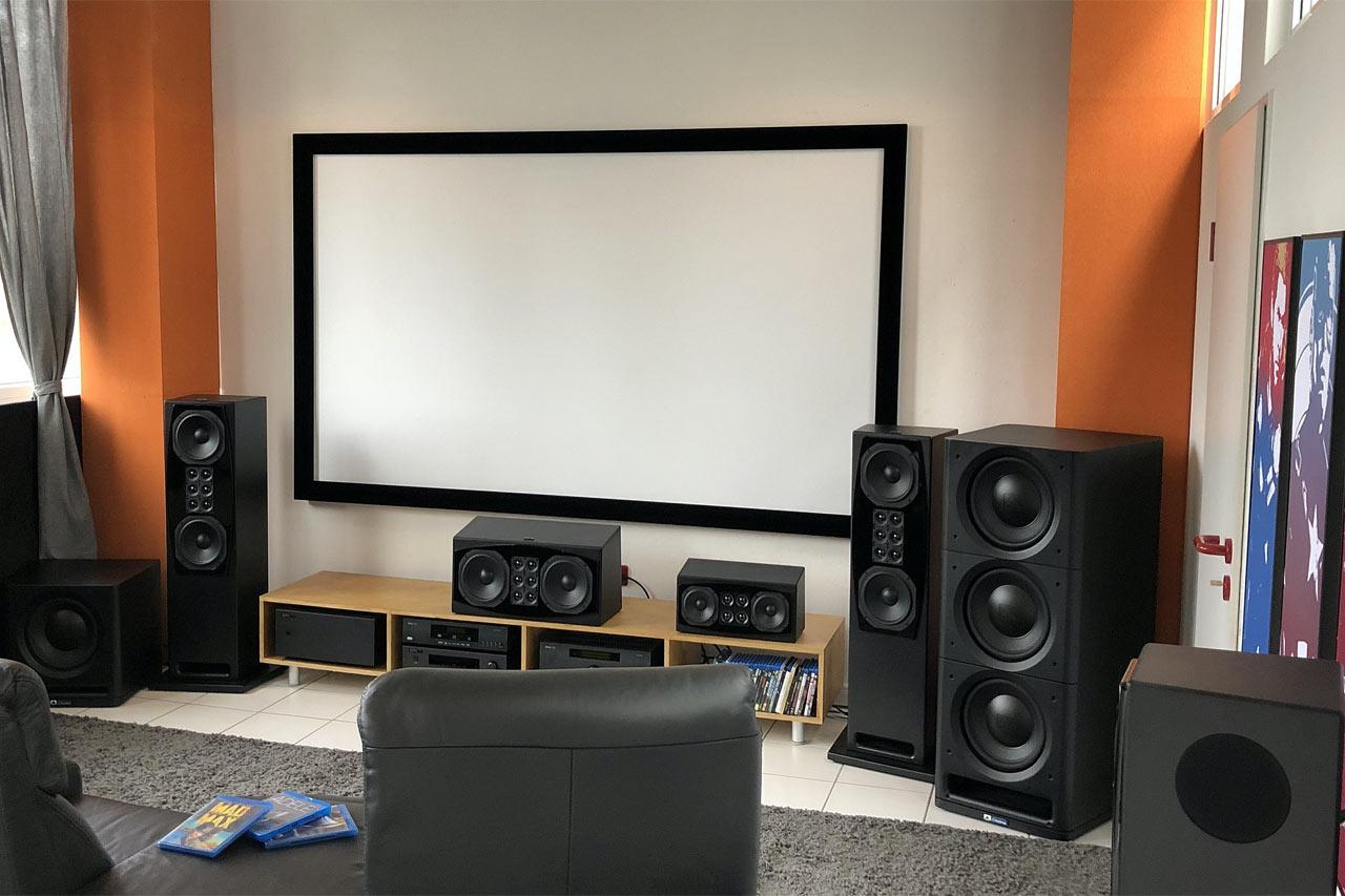 HifiPilot Hörraum mit XTZ-Lautsprechern