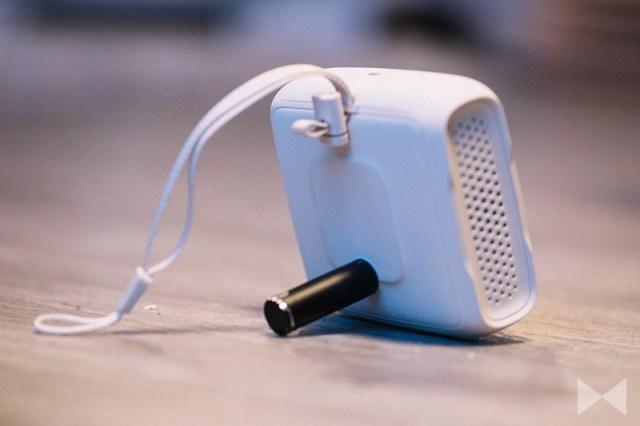 Teufel Boomster Go Kamerazapfen auf der Rückseite des Lautsprechers