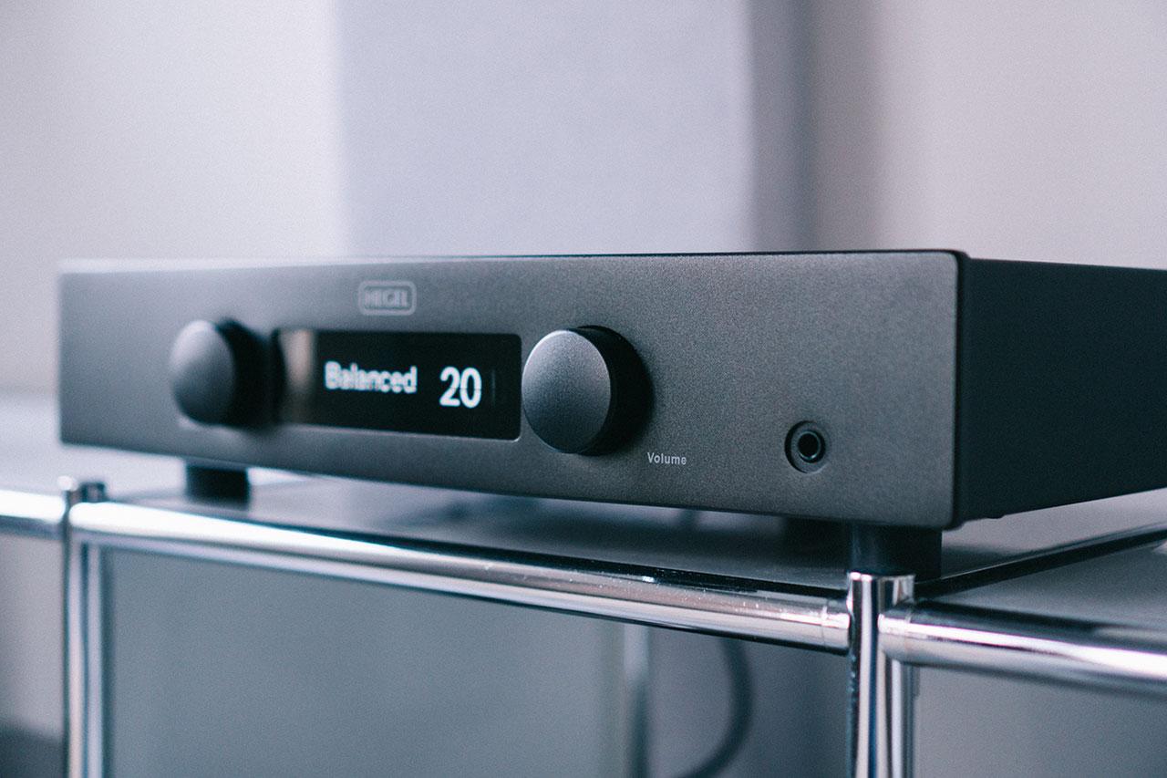 Hegel H120 Test Streaming-Verstärker mit Roon und Airplay 2