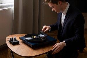 Pro-Ject Debut Carbon EVO: Plattenspieler für 500 Euro