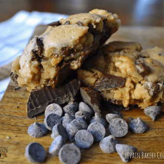 Levain Bakery Chocolate Chip Crush Cookies, Levain Bakery Cookie Recipe, Levain Bakery Chocolate Chip Cookie Recipe