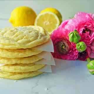 Lemon Sugar Cookies by Modern Honey - www.modernhoney.com