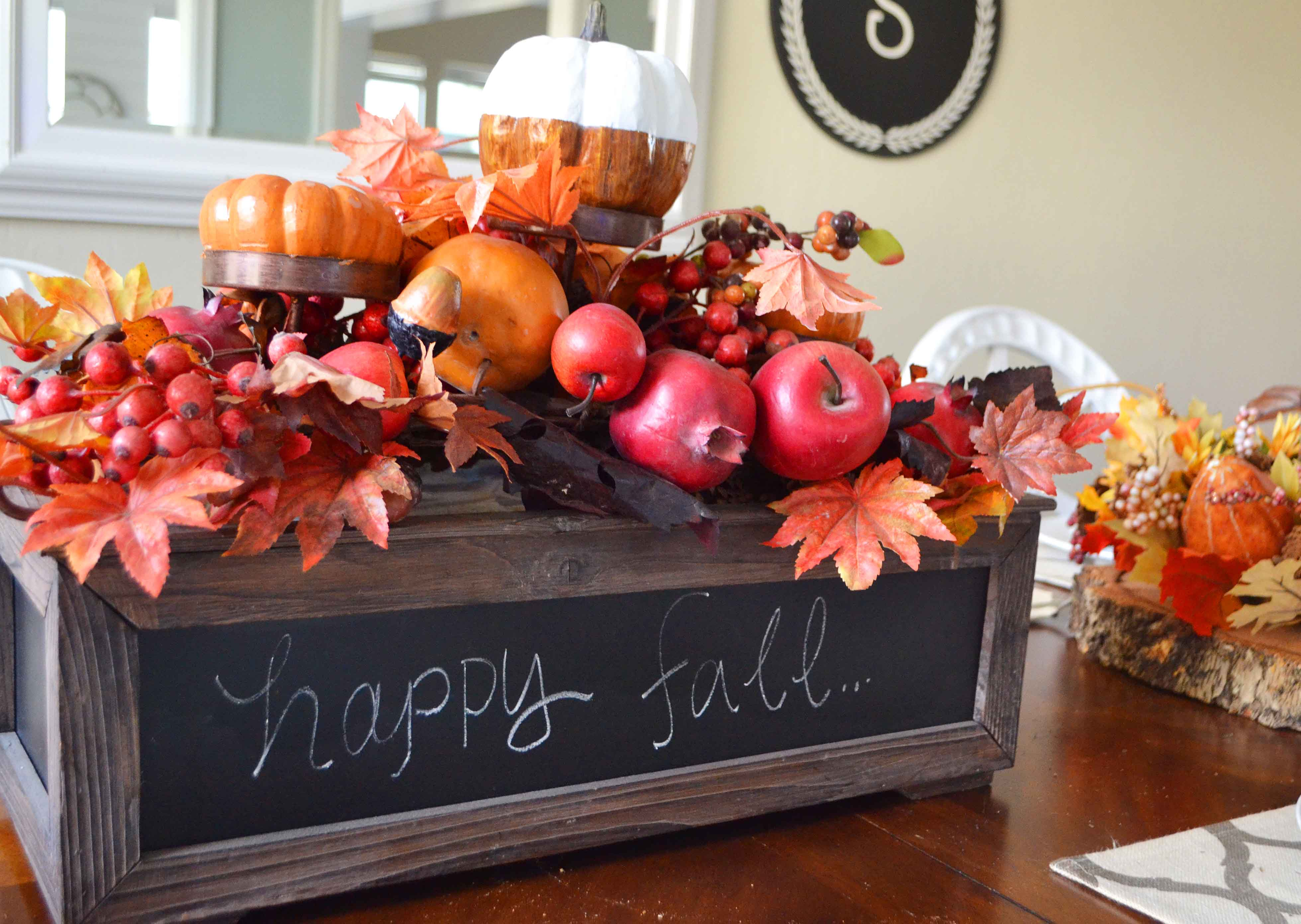 Fall Decor Ideas. Fall Centerpieces. Fall Tablescape Ideas. Fall Mantle Decor Ideas. Pumpkin Cupcakes with Salted Caramel Frosting by Modern Honey