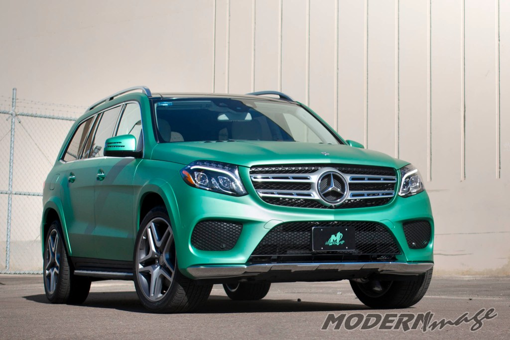 modern-image-mercedes-gls500-satin-emerald-green-wrap-12