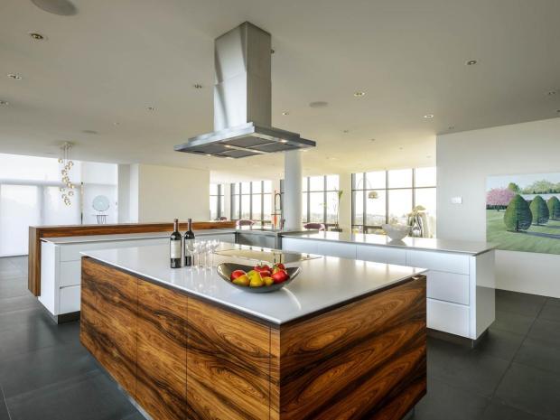 -modern-kitchen-2__h-3.jpg.rend.hgtvcom.1280.960