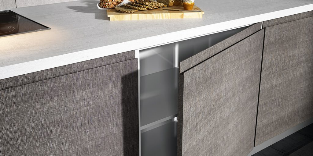 If Youu0027re Looking To Create A Luxuriously Modern Kitchen Space, Then Donu0027t  Even Think About Buying Pulls, Handles U0026 Knobs For Your Doors.