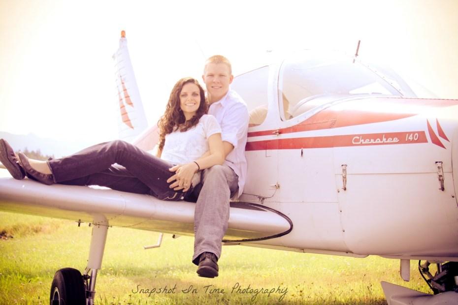 couples on plane